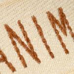 Etiquetas bordadas de tecido